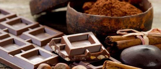 """""""Chocomoments"""" evento dedicato al cioccolato artigianale in Piazza Comune a Selvino"""